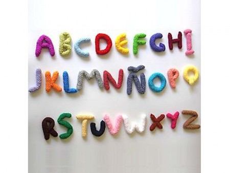 Decorar letras con crochet